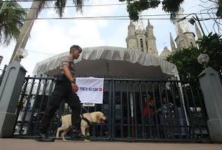 polisi libatkan anjing pelacak