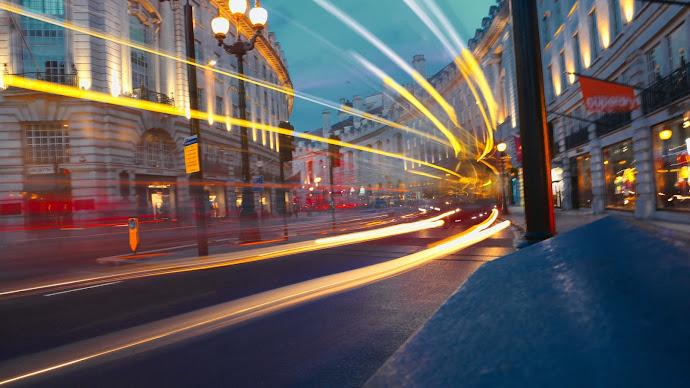 Wallpaper: London Street Lights