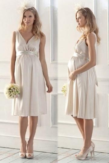 Robe enceinte courte pour aller à un mariage civil