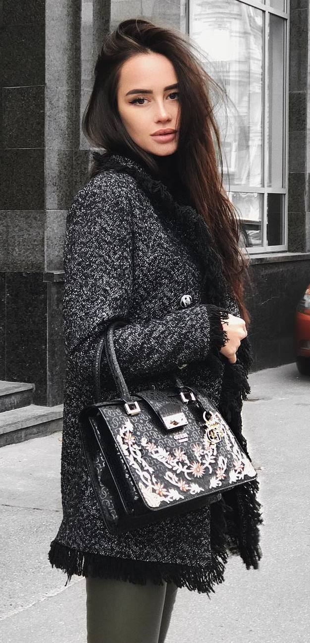 fashionable outfit / coat + bag + skinnies