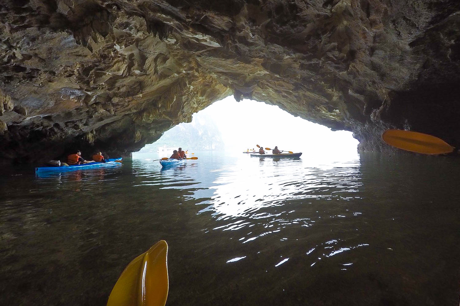 cave halong bay canoeing
