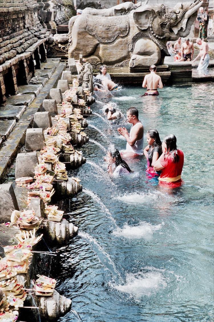 Bali, Bali atrakcje, Bali co zobaczyć, Bali Indonezja, Indonezja świątynie, świątynie Bali, Ubud Bali, Bali Tirta Empul, Bali Goa Gajah Ulun Danu Beratan Uluwatu Temple Tanah Lot