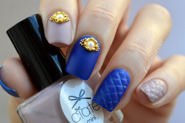 #31dc2015 matte glamourous caviar beads quilted blue nails