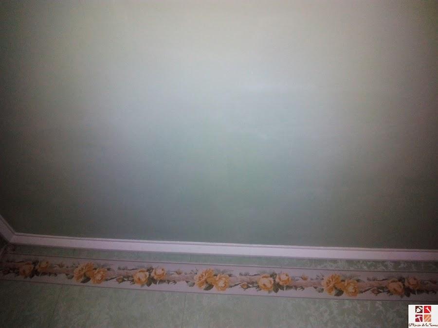 techo pintado en verde menta
