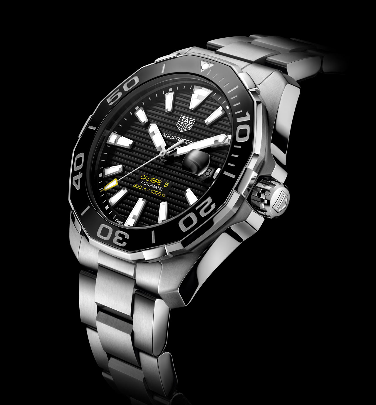 Tag heuer aquaracer 300m calibre 5 ceramic 43 mm time and watches for Tag heuer aquaracer