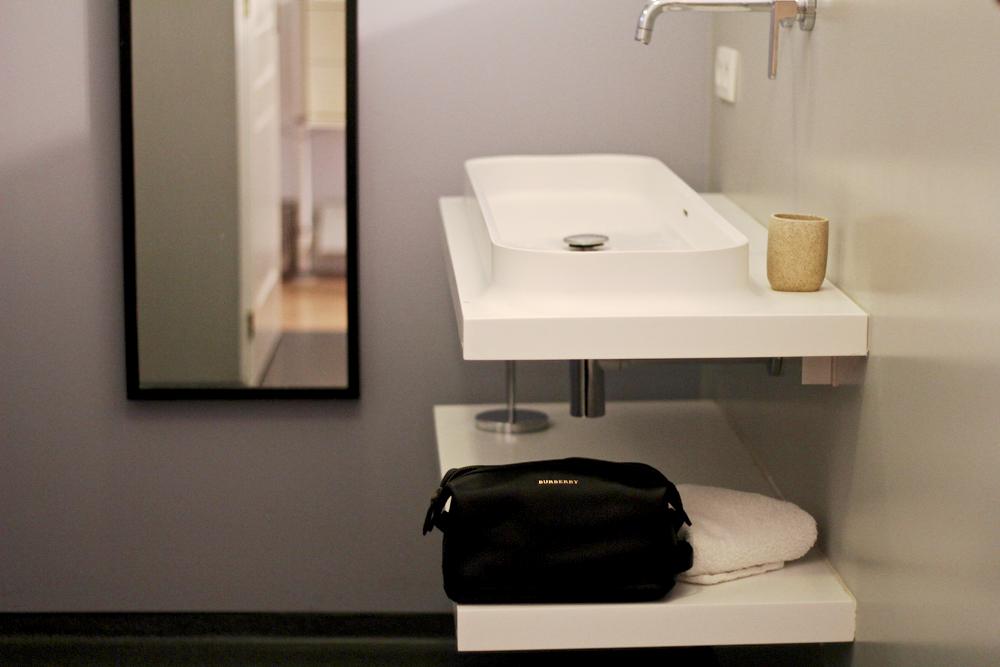 Blog-mode-style-homme-masculin_landes-printemps-hotel-petit-couronne-calme-week-end-couple-nature-edwardson-lunettes-sac-vintage-jeans-nudie-bio-eco-label-aigle-paraboot-michael - 1 (1)