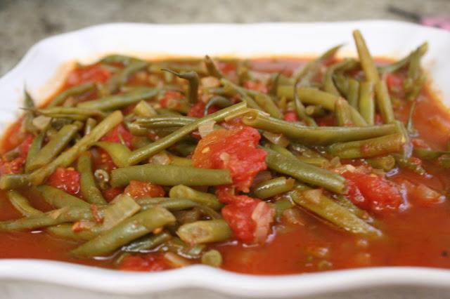 طريقة تحضير الفاصوليا الخضراء بالصلصة Green beans