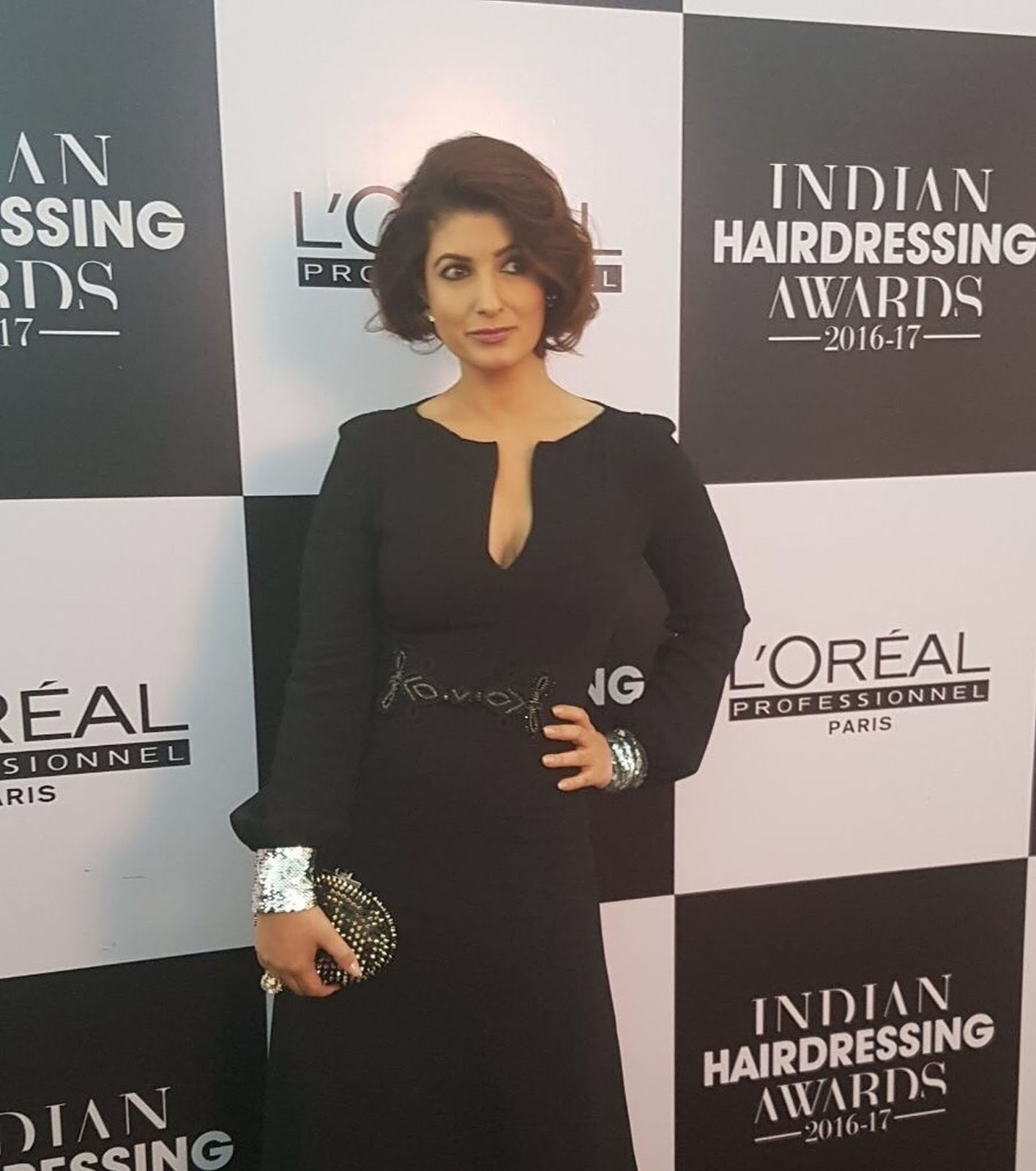l oreal professionnel appoints twinkle khanna as their new brand ambassador for india