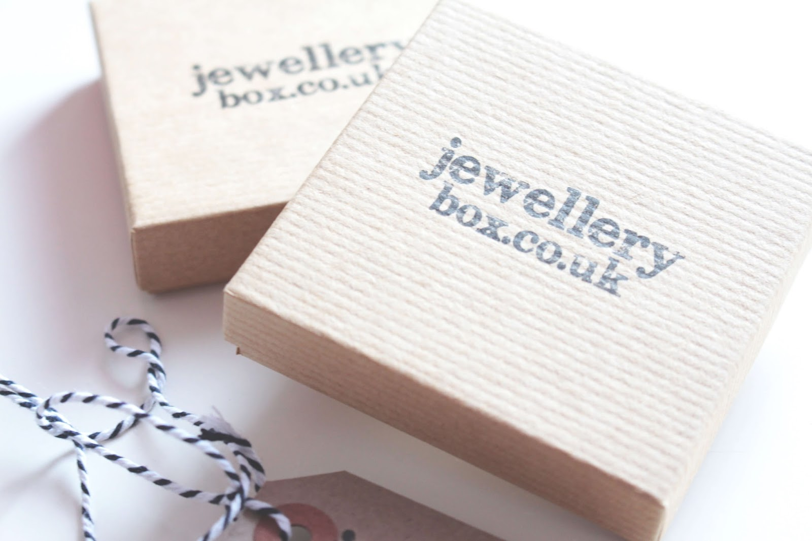 perfect jewellery from jewellerybox.co.uk