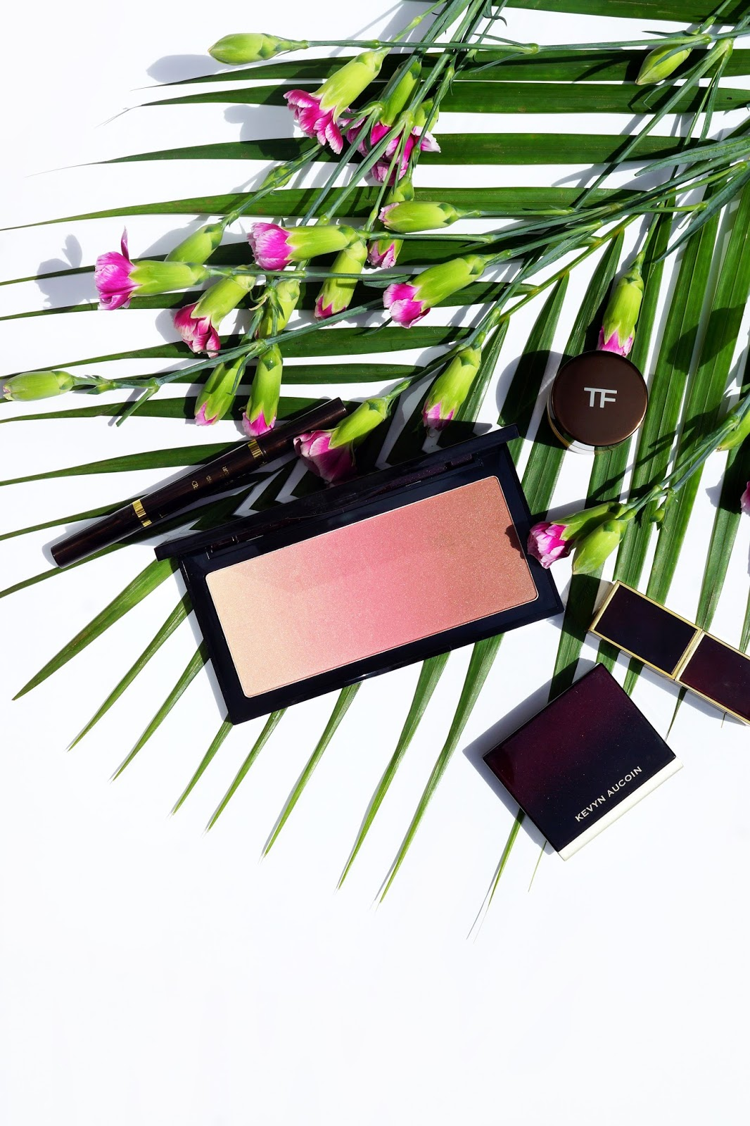 barely-there-beauty-kevyn-aucoin-neo-bronzer-capri-review