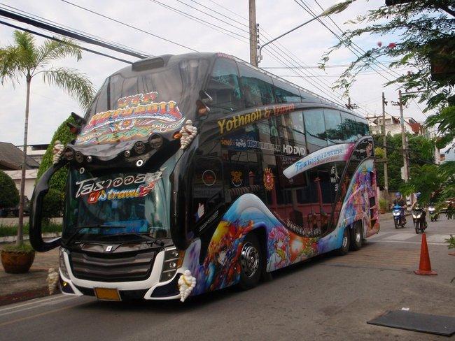 Агресивный тюнинг автобуса