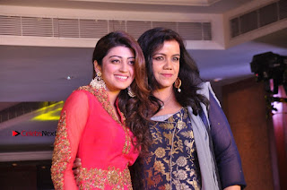 South Indian Celebrities Pos at Love For Handloom Collection Fashion Show  0158.jpg