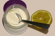 http://elokupadelacasitadejengibre.blogspot.com.es/2016/04/yogur-de-limon-yogurtera.html