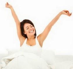 4 Gerakan Yoga Di Tempat Tidur
