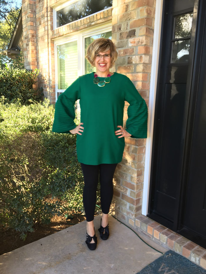 Thrifty Thursday - Christmas Bell (Sleeves)