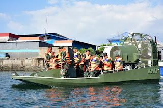 Kapal Rawa/ Swamp Boat