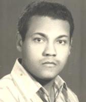 صورة المهندس شحات ابو ذكرى بعد تخرجة من كلية الهندسة