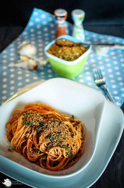 spaghetti alla mollica Nudeln Brotbrösel