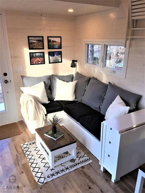 Tiny Home Designs: TINY HOUSE TOWN: Cabane Tiny Cabin (256 Sq Ft
