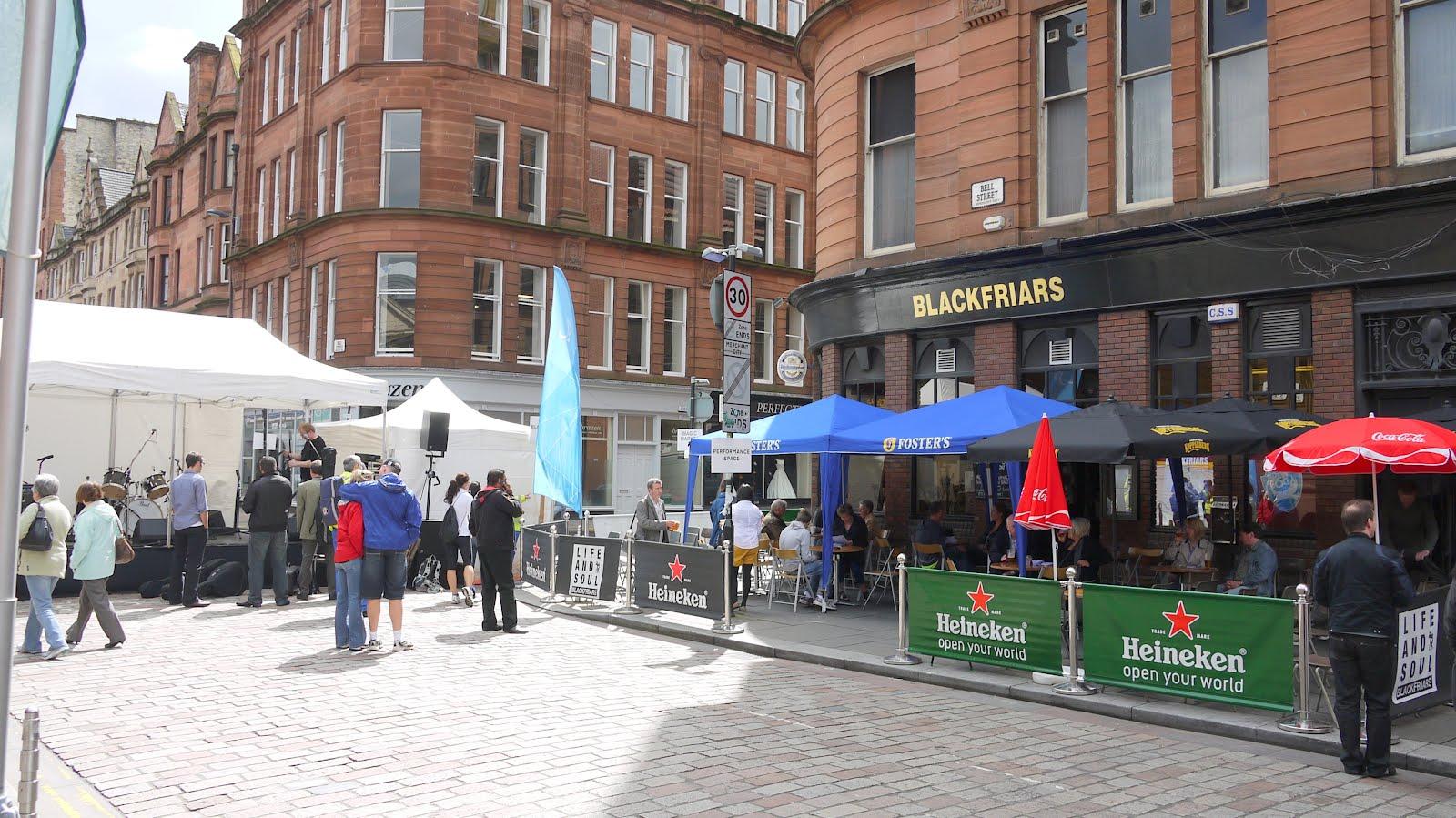 Walking and Crawling: Glasgow Merchant City Festival: 28th