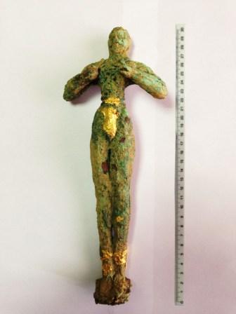 Αυθεντικό, μοναδικό στο μέγεθός του το αρχαίο ειδώλιο Κούρου