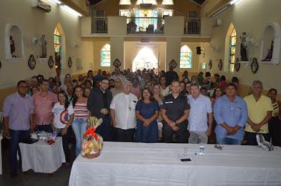 https://vnoticia.com.br/noticia/3414-assembleia-paroquial-na-igreja-catolica-de-sfi-debate-politicas-publicas