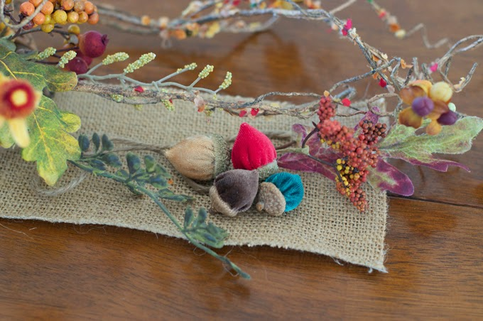 How-to-make-velvet-acorns-diy