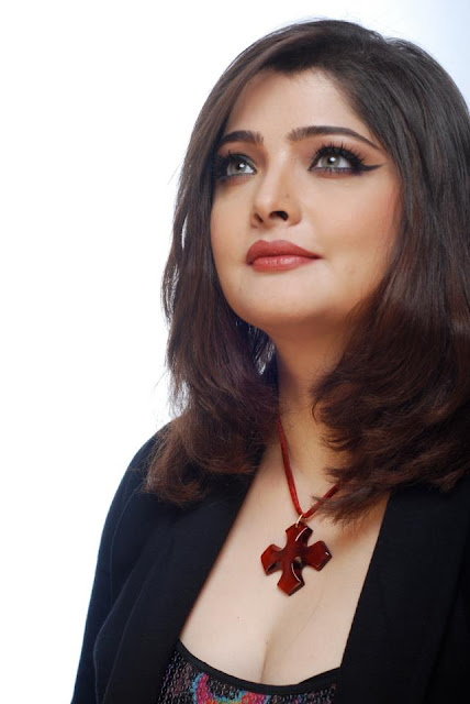Vasundhara Das wedding photos, movies, husband, actress, marriage photos, singer,actress marriage photos, songs, age, roberto narain, movie list, family pictures, nominations