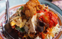 Nemu Makanan Nasi Campur Bali saat kelaparan