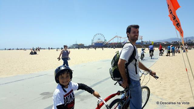 Passeio de bicicleta em Santa Mônica Califórnia