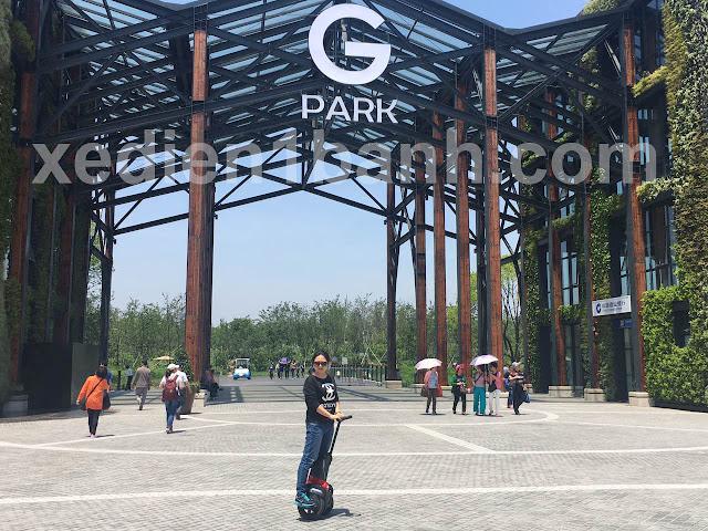 xe điện cân bằng có yên ngồi Igo đi du lịch công viên