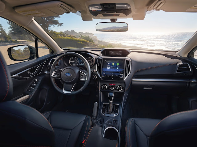 Interior view of 2018 Subaru Crosstrek 2.0i Limited