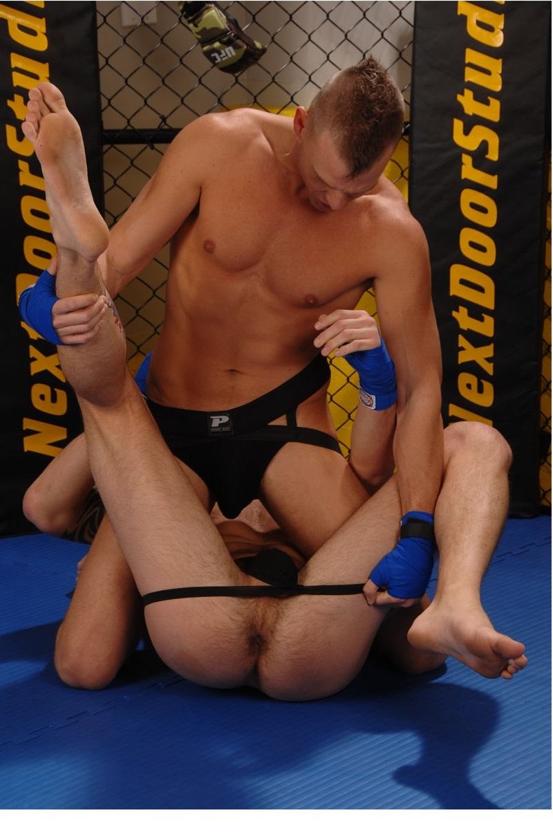 Naked Wrestling Pictures