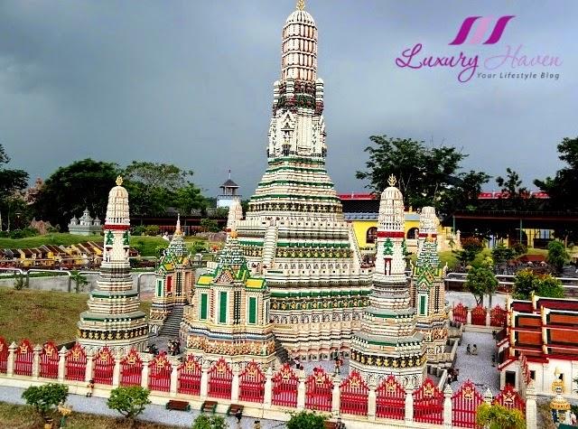 legoland theme park miniland wat arun bangkok