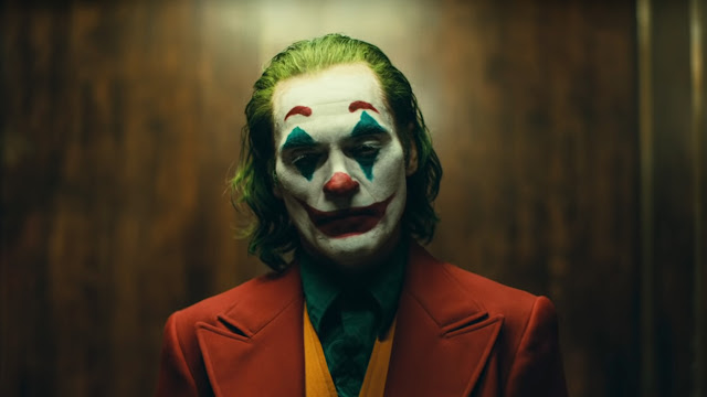 joaquin phoenix in clown makeup