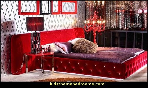 French bordello Boudoir style Victorian bedroom decorating ideas
