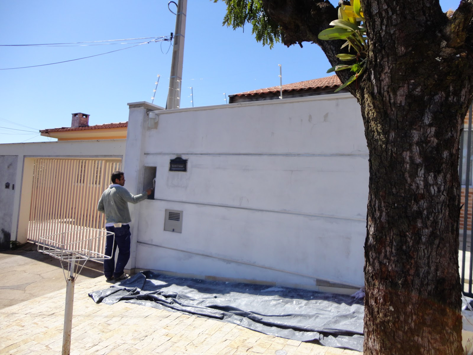 A reforma de nossa casa preparando para a pintura da for Pintura para frente de casas