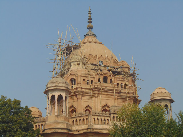 historical building in lucknow