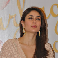 Gorgeous kareena pix from an event