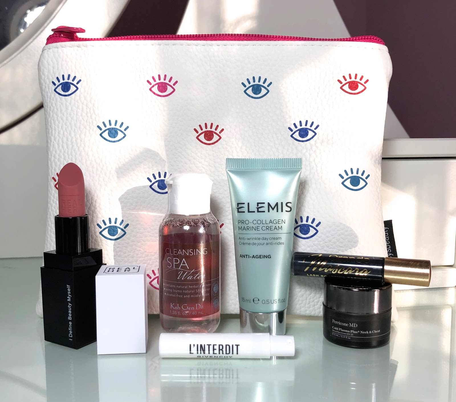 Macy S Beauty Box Review April 2019 Blue Skies For Me Please