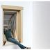 Μοναδική εφεύρεση: Το παράθυρο που γίνεται… «μπαλκόνι»! (Photos/Video)