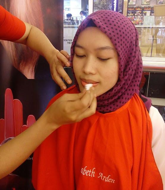 lip facial