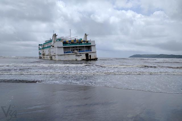 "Abandoned casino cruise ""Lucky Seven Panama"", Miramar beach"