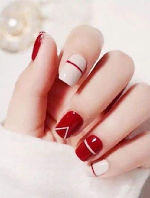 Pretty Nail Designs for Short Nails