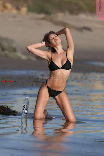 Jules-Liesl-138-Water-Bikini--06+%7E+SexyCelebs.in+Exclusive+Beautiful+Ass+Tits.jpg