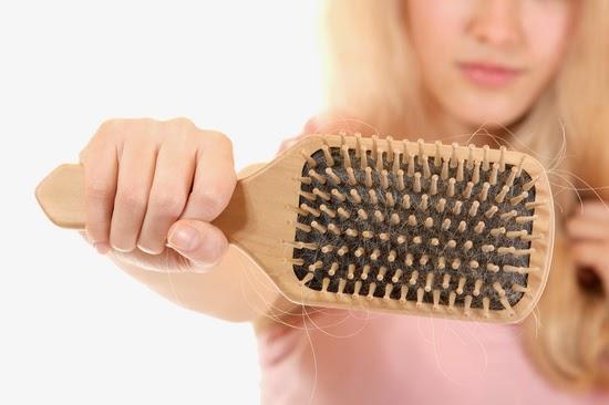 أسباب تساقط الشعروعلاجه