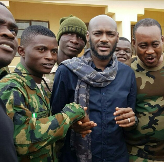 Tuface-visits-soldiers-Internally-Displaced-Persons-in-Maiduguri-Borno-state