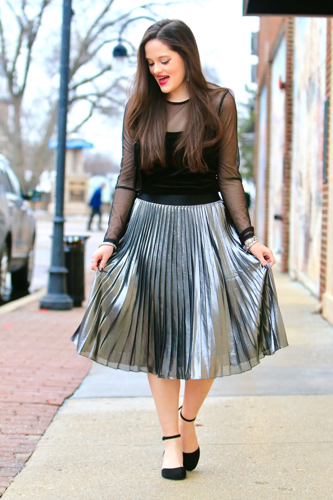 silver pleated skirt pics