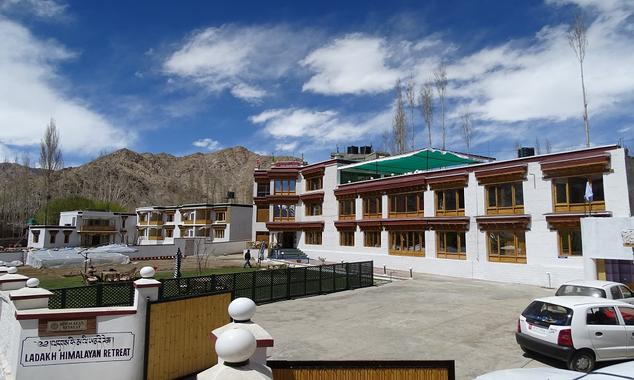 Ladakh Himalayan Retreat is surely a palatial property, located in Ladakh, Jammu and Kashmir.