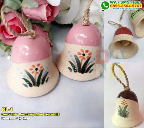 Souvenir Lonceng Mini Keramik